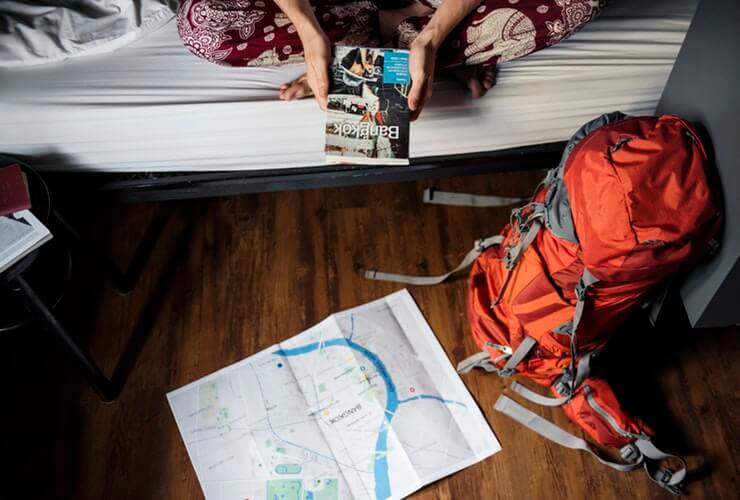 finding accommodation backpack