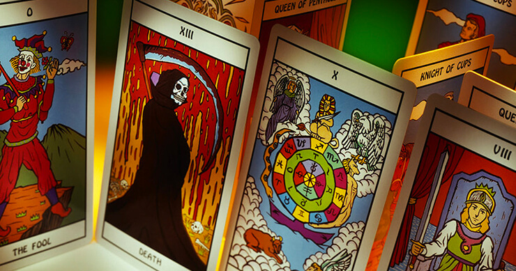 tarot cards oracle cards
