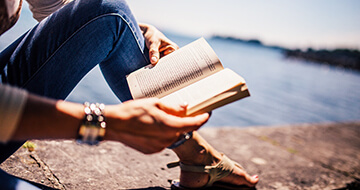 8 Books That Will Transform Your Relationships></a><a href=