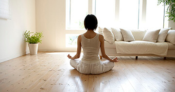 14 Ways Meditation Improves Your Life></a><a href=