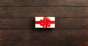 How To Have A Minimalist Christmas></a><a href=