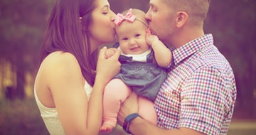 How To Keep Your Relationship Strong After Having A Baby></a><a href=