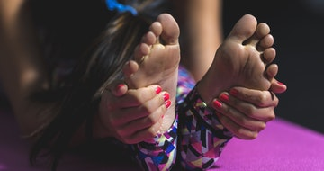 How To Become A Yoga Instructor></a><a href=