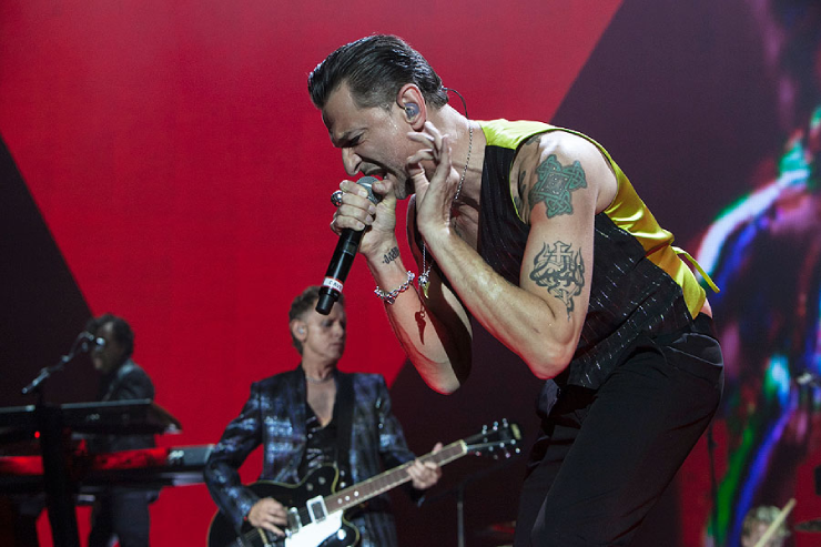 dave gahan has a net of 80 milion