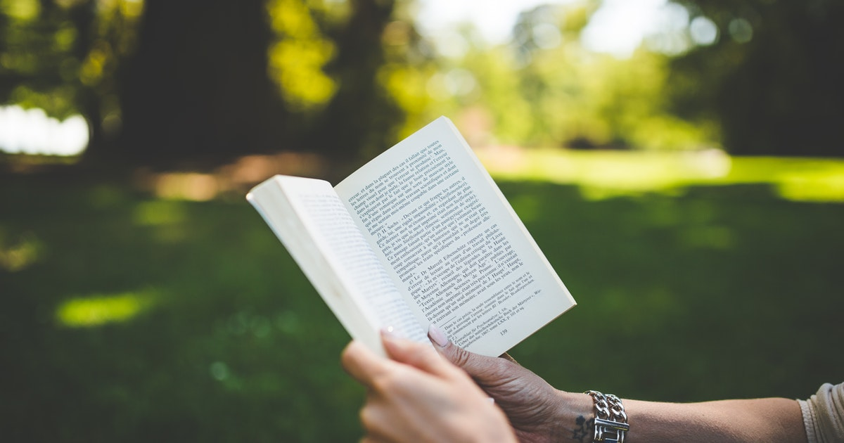 Best Books To Read This Summer></a></div><div class=